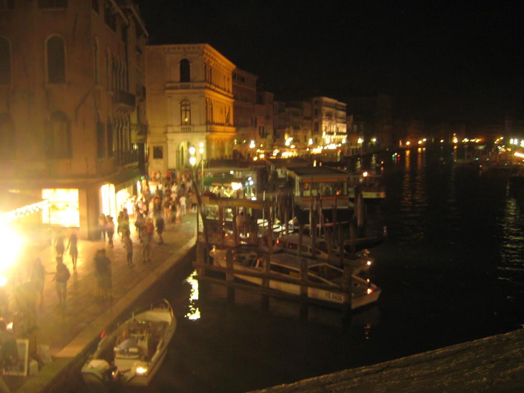 Night scene from Realto bridge.