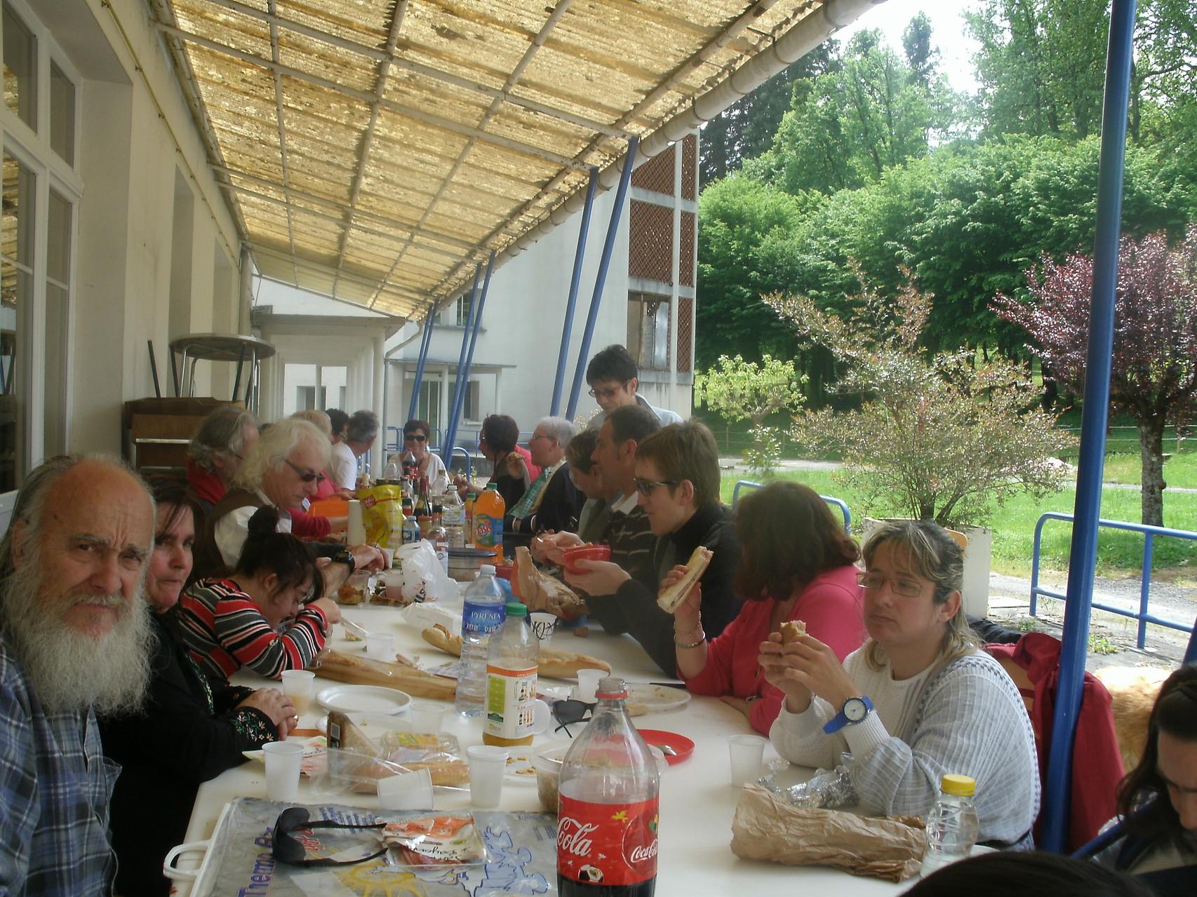 Le 10 Mai 2014,nous voici à la M.A.S. de Siradan vers 12h30,