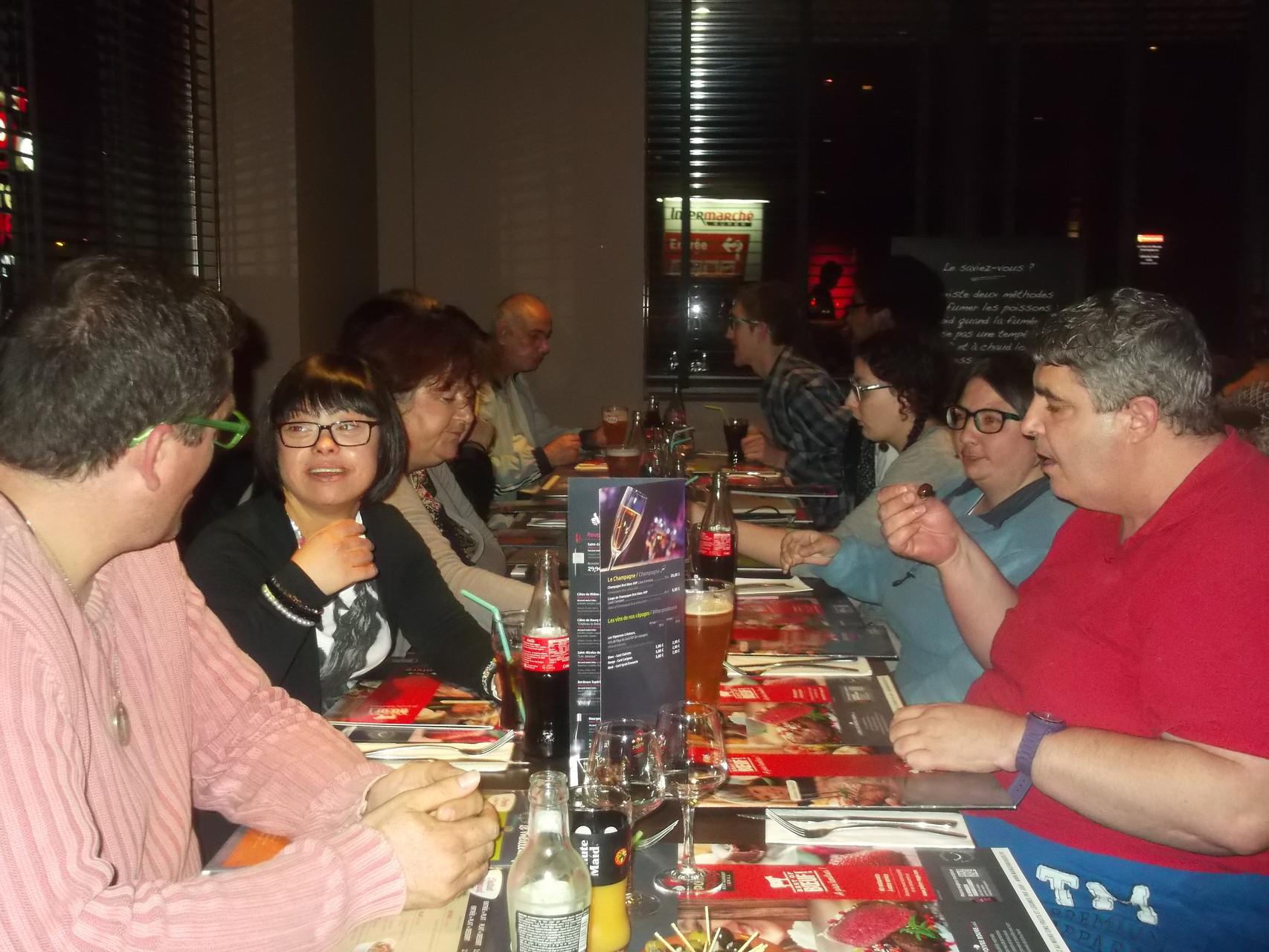 """Sortie au Restaurant """"Le Poivre Rouge"""" à Juillan"""