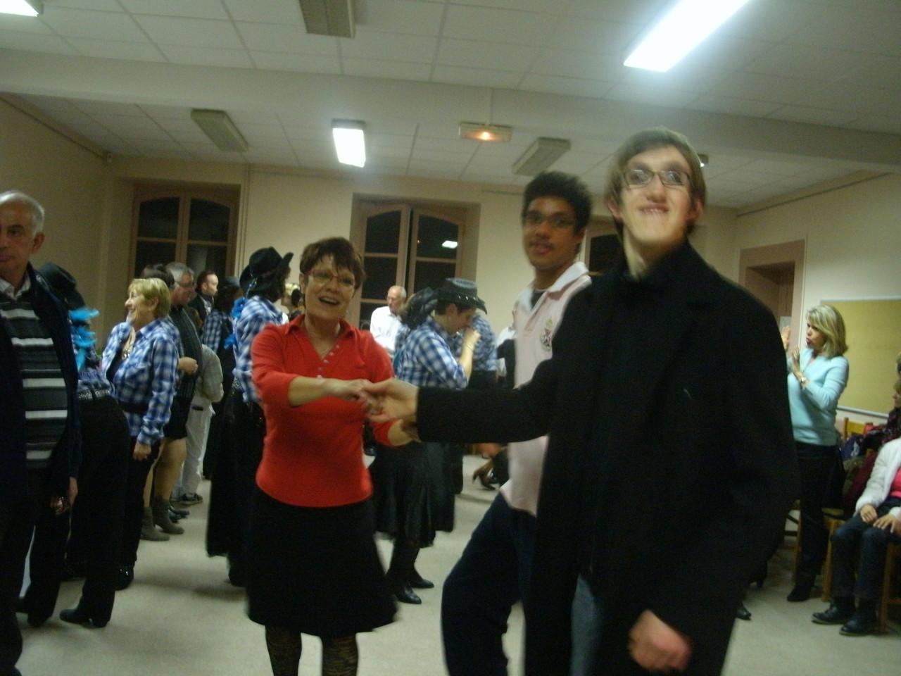 soirée avec buffet dansant organisée par la Mairie de Tarbes