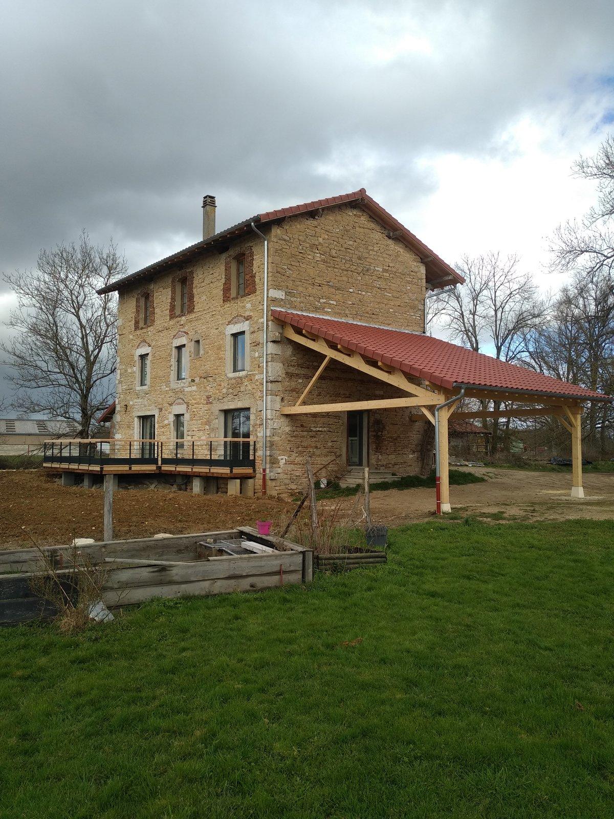rénovation toiture, abris voiture et terrasse bois après