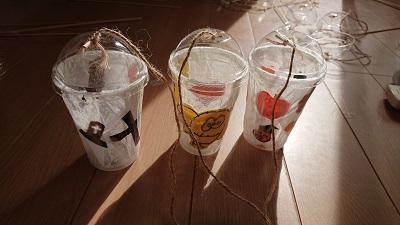 10月の伏見区・宇治市の子供英会話教室の英語で製作活動