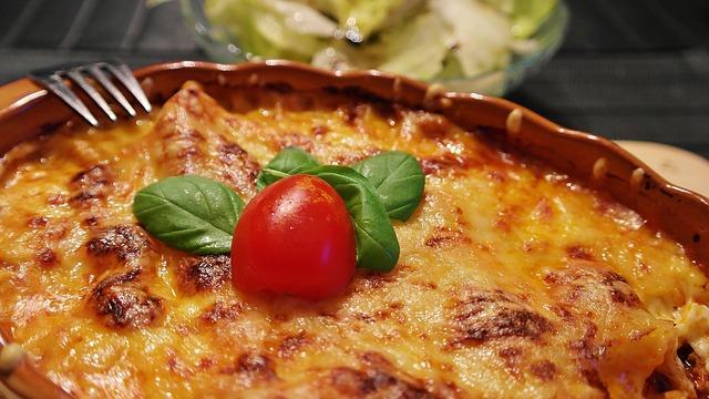 lasagnes-pas-cher-restaurant-la-paillote-gastes