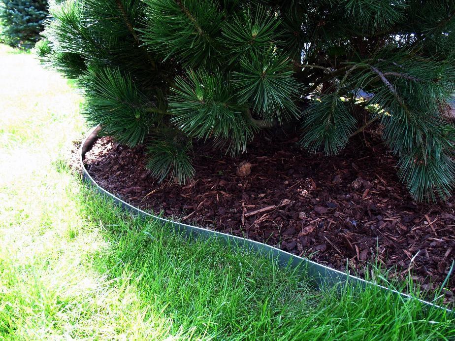 Rasenkanten aus Metall - feuerverzinkt