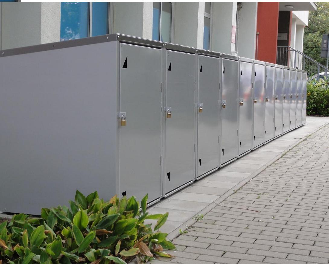 E-Rollstuhlboxen in Reihe ( Abb. ähnlich)