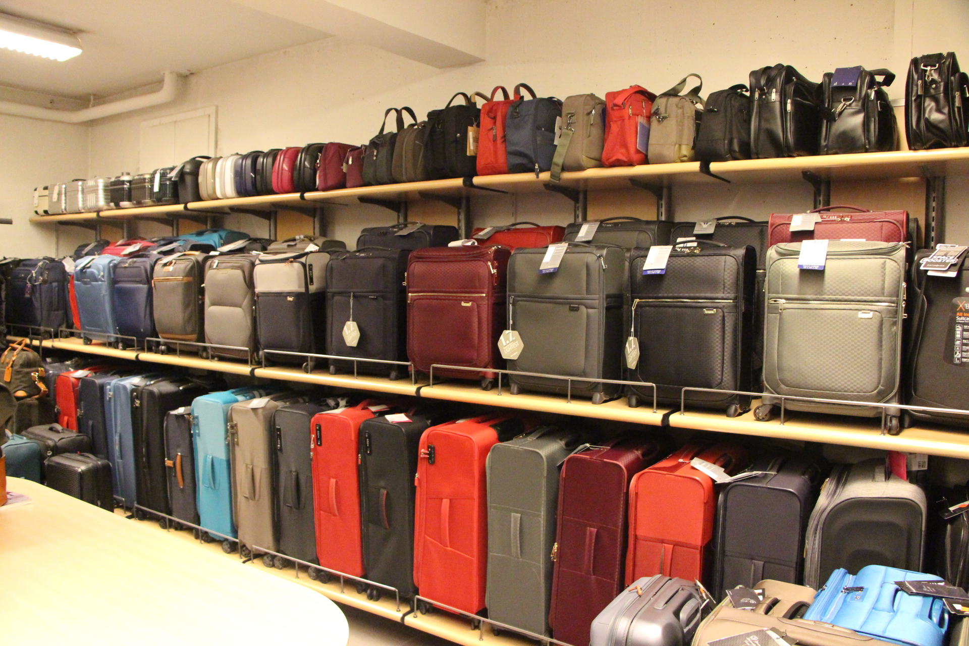 Samsonite March