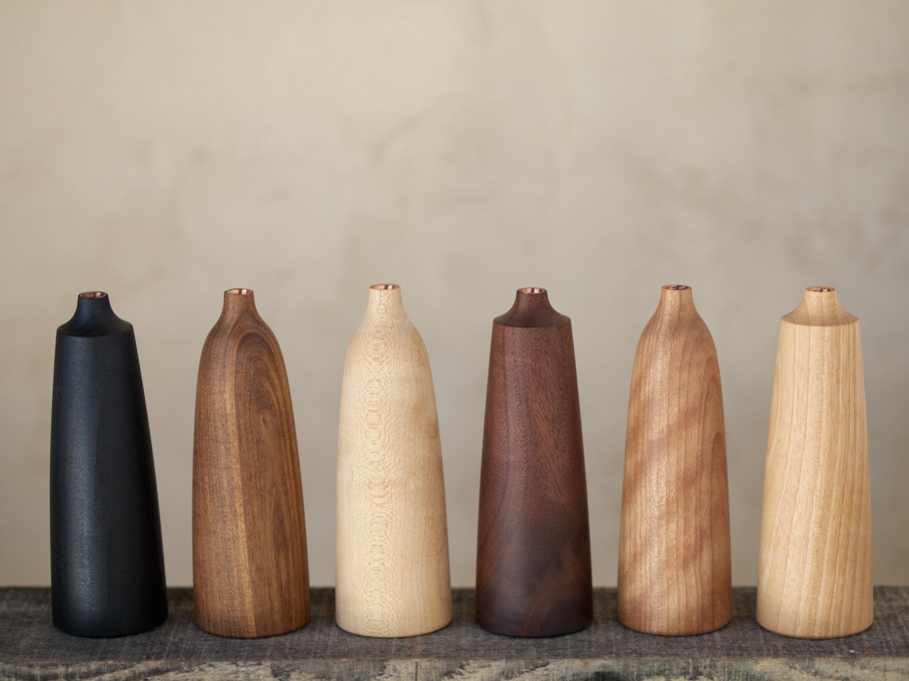 材種 左からブナ(黒漆仕上げ),クワ,カエデ,ブラックウォールナット,カバ,アサダ