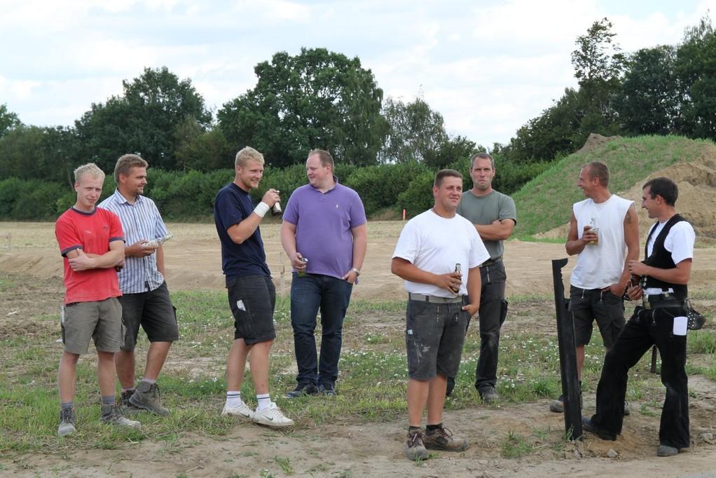 Maurer bei der arbeit bier  BauBlog - Bautagebuch Familie Hartel