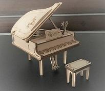 ピアノの木製3Dパズル、春休みにいかがでしょう?
