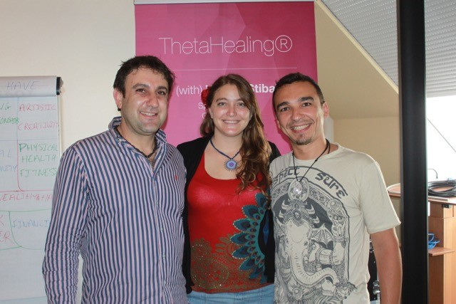 Mark, Samantha y Ari
