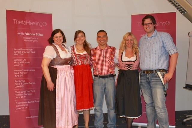 Jutta, Samantha, Ari, Tanja y Matthias