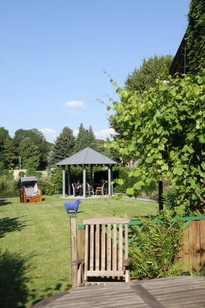 Pavilion  · yak © 2012 RK