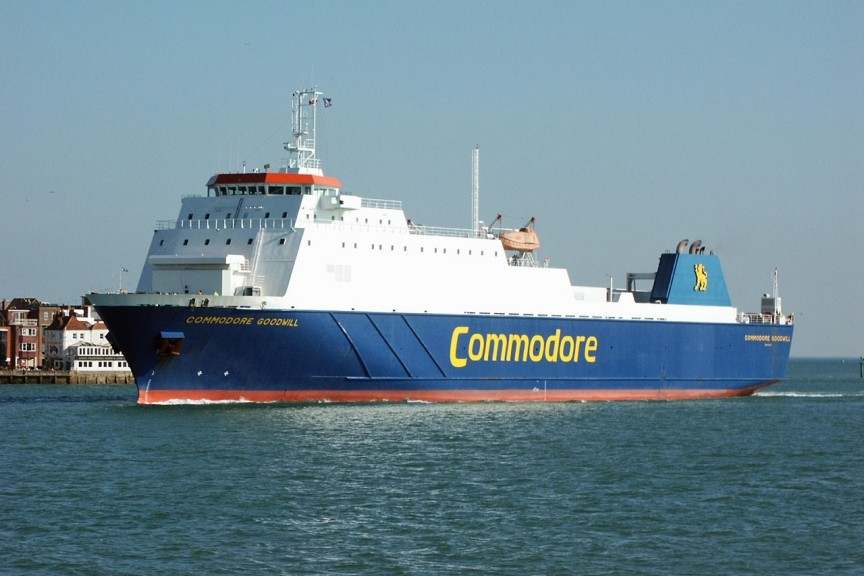 M/V Commodore Goodwill arrivant à Portsmouth, © Ian Boyle (www.simplonpc.co.uk)