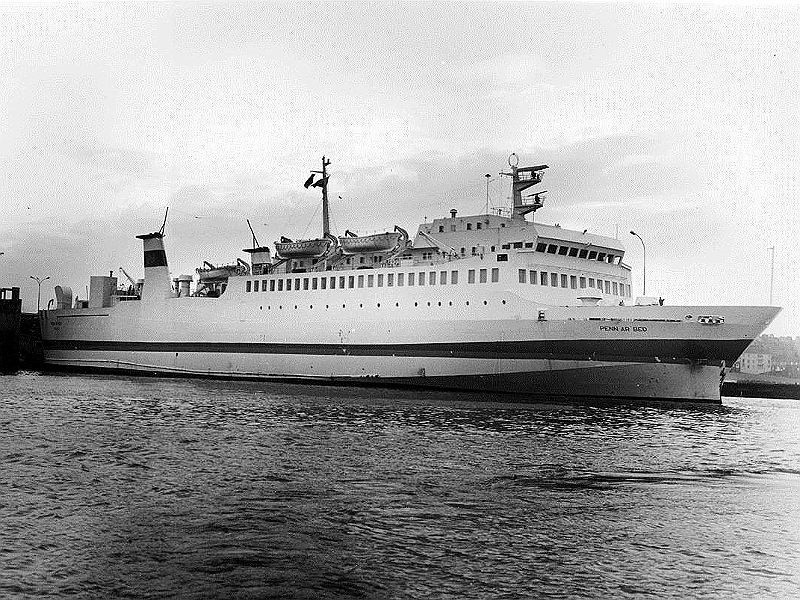 M/V Penn Ar Bed vu à Roscoff, © Ferry Publications Library