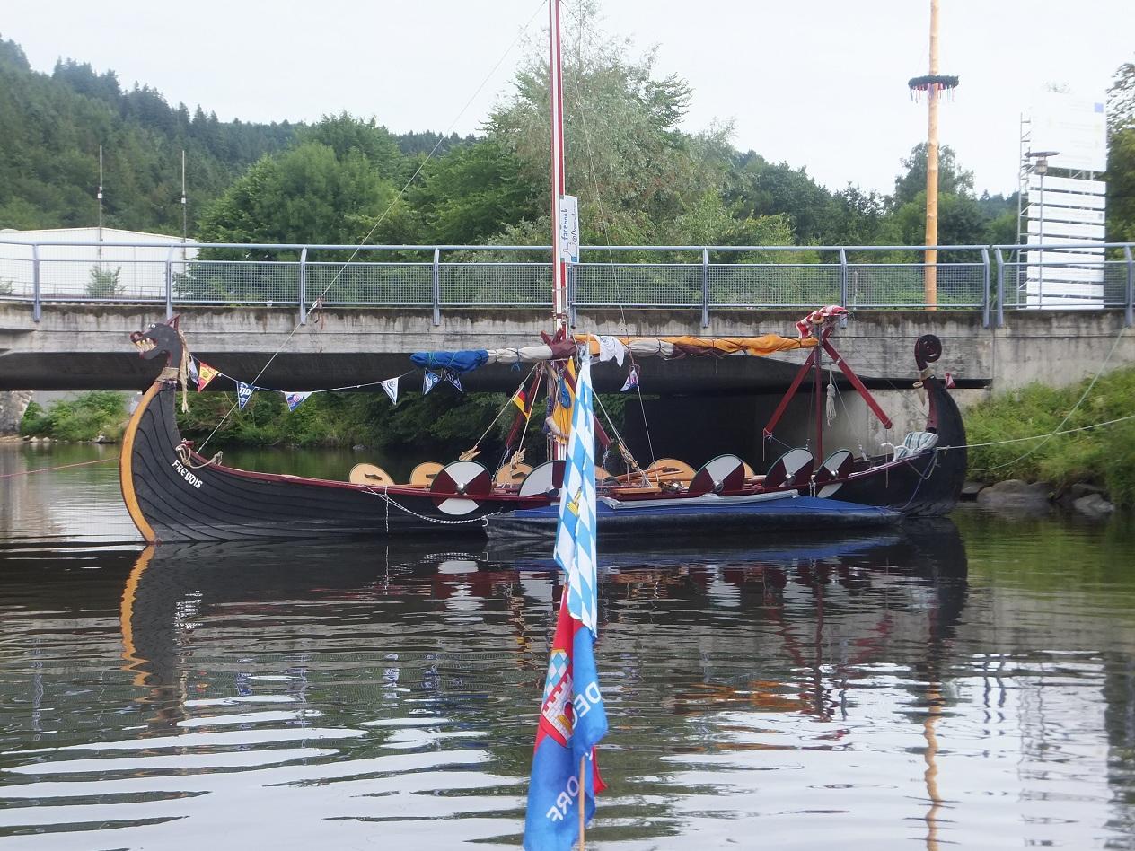Wikingerschiff mit der TID unterwegs, Ruhetag in Erlau
