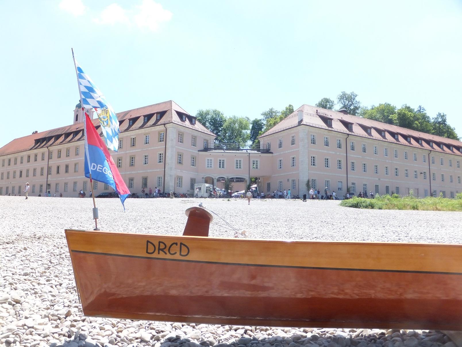 Kiesbank vor Kloster Weltenburg