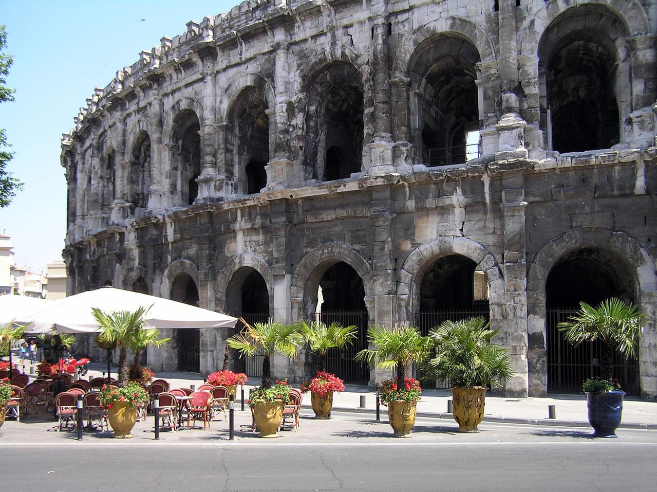 Nîmes les arenes