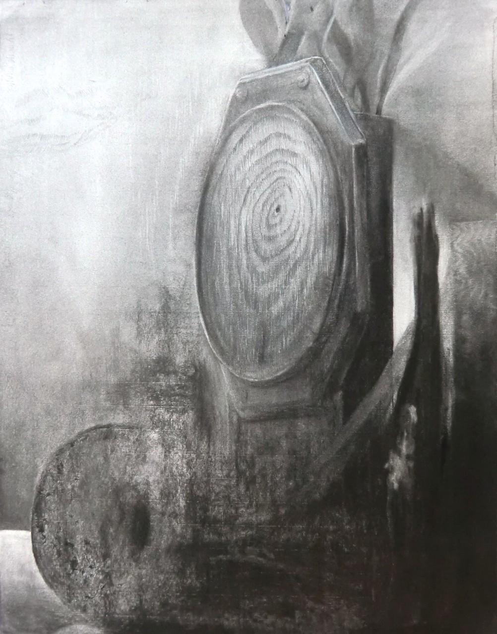 生徒作品36 デッサン<卓上静物> 木炭紙 【油画系】