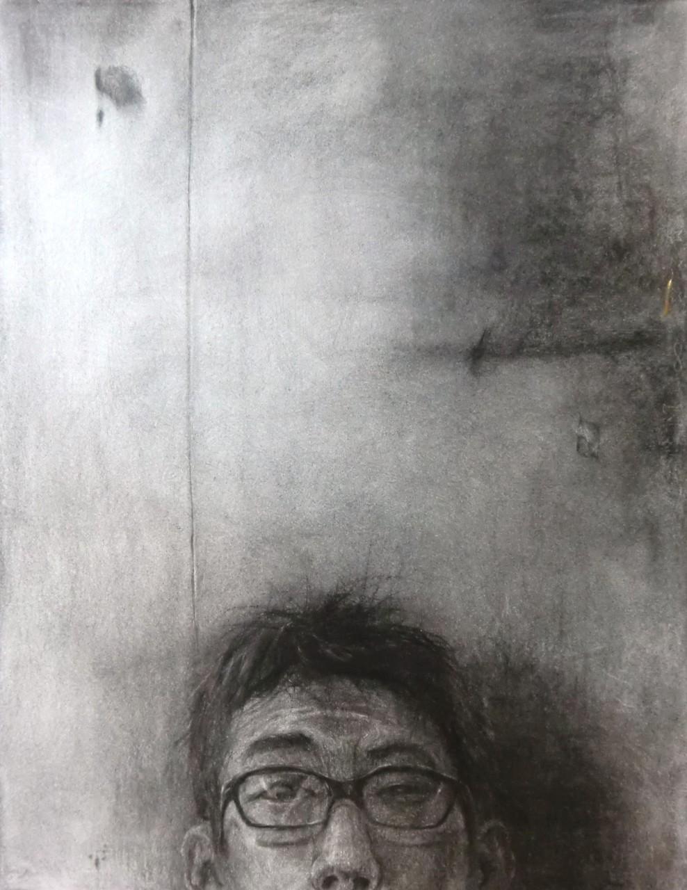 生徒作品43 木炭デッサン<自画像をモチーフにして> 木炭紙大 【油画系】