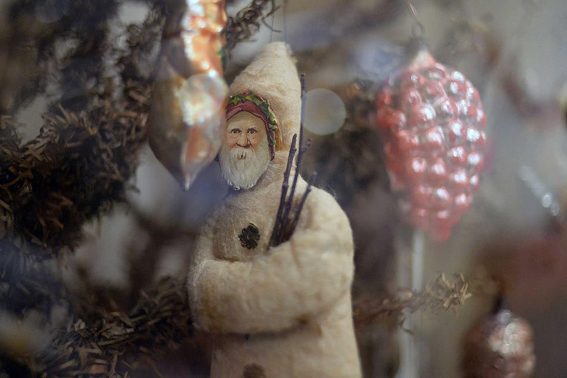 Рождественский дед. Вата. Конец XIX — начало XX вв.