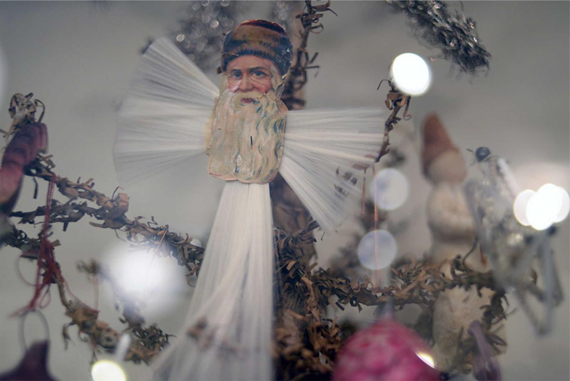 Рождественский дед Мороз. Хромолитография. Конец XIX -начало XX вв.