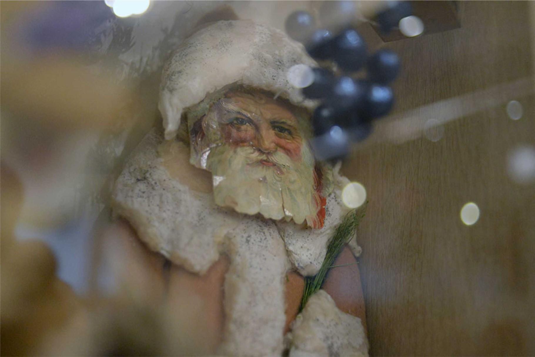 Рождественский дед. Вата, хромолитография. Конец XIX — начало XX вв.