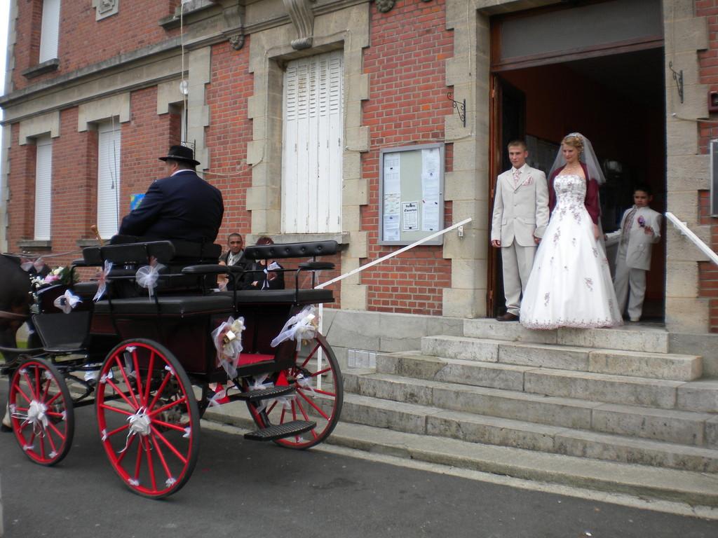 MARIAGE MAIRIE ESMERY HALLON