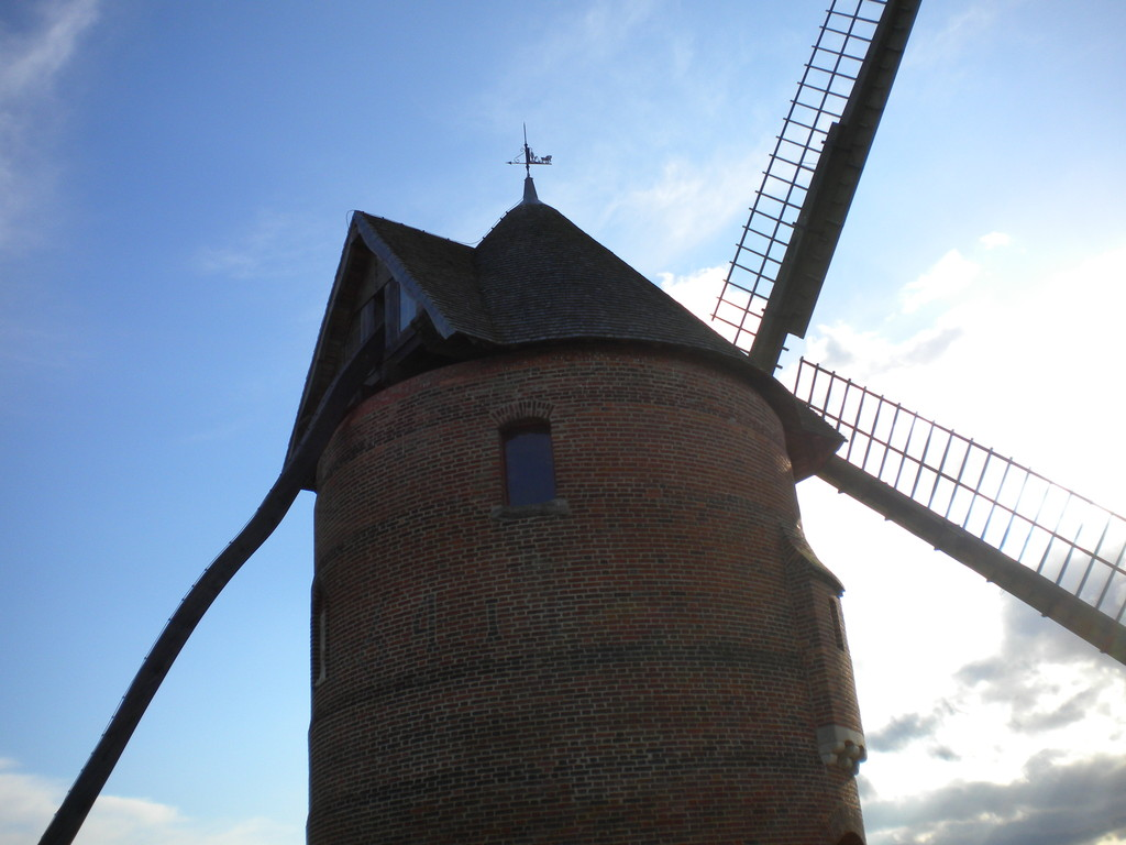 MOULIN FORTIFIE DE FRUCOURT