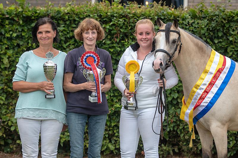 PK's Ceridwen Mabel with her first foal Oostdijk's Ceridwen Madoc