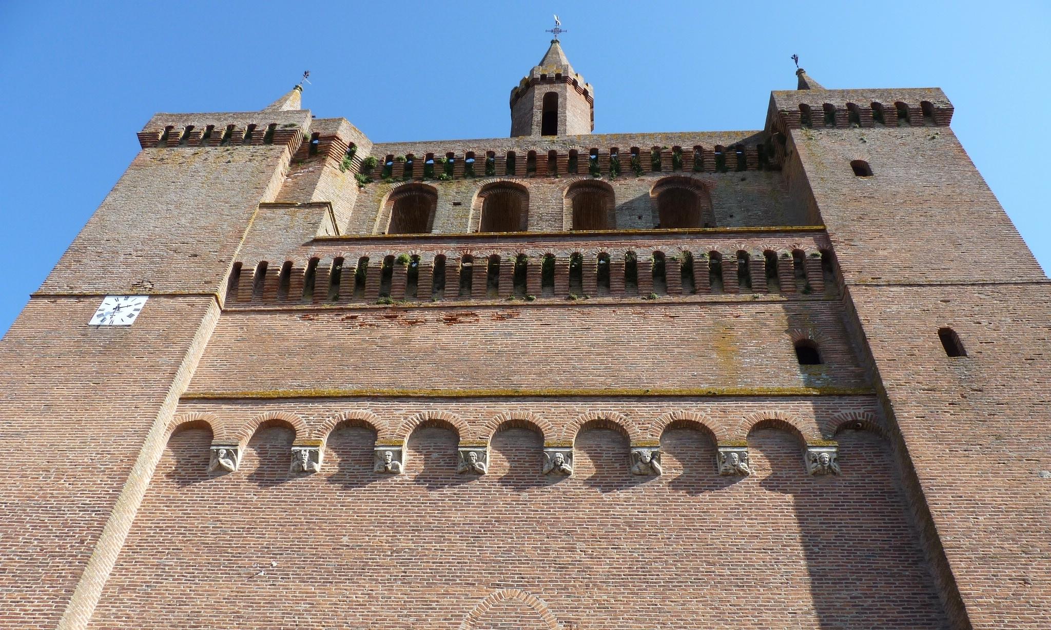Le clocher-mur de l'église Saint-Sulpice