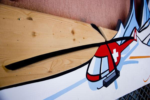 Acrylique sur bois // Enseigne Freeride Spirit // 2005 // d'après 1 illustration de Milk