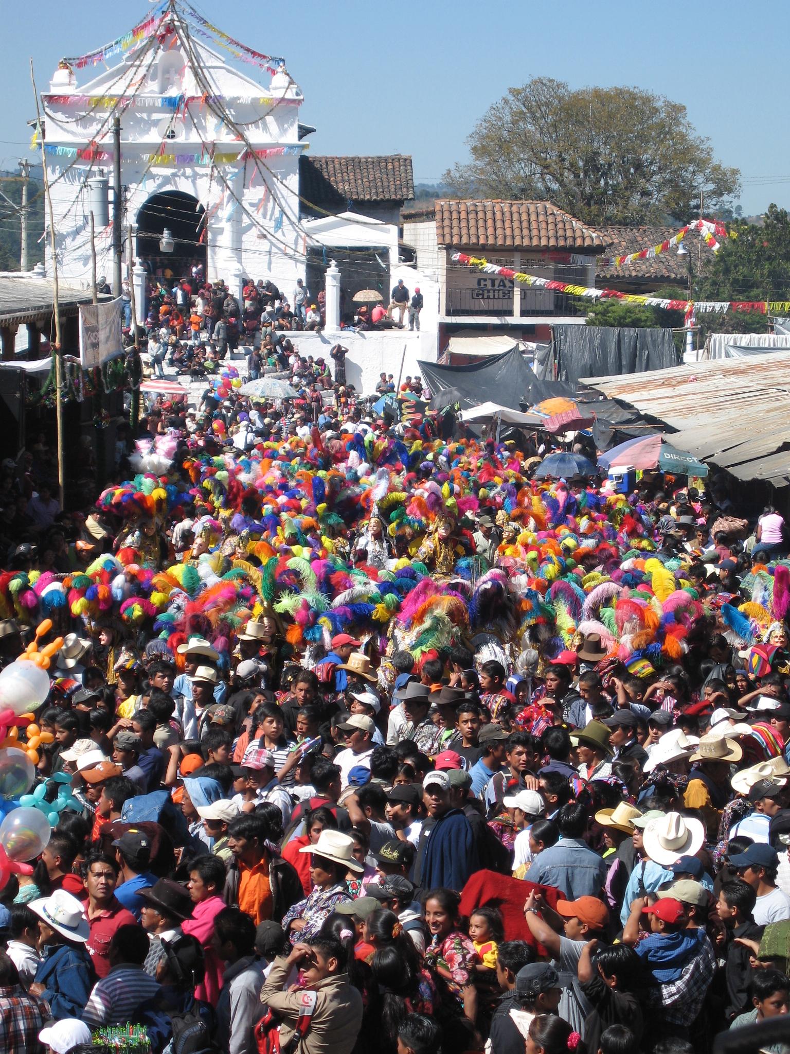 Le marché Chichicastenango au Guatemala