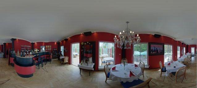 Ristorante La Villa, mit Hintergrundmusik...