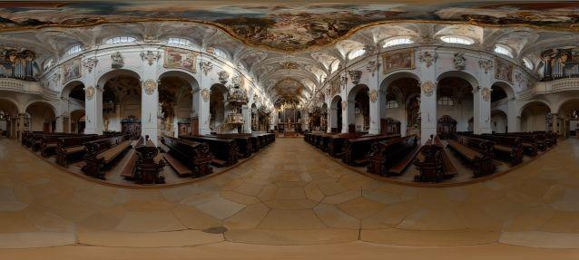 Emeramskirche in Regensburg, mit Hintergrundmusik...