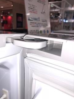 中古冷蔵庫のドアの接点