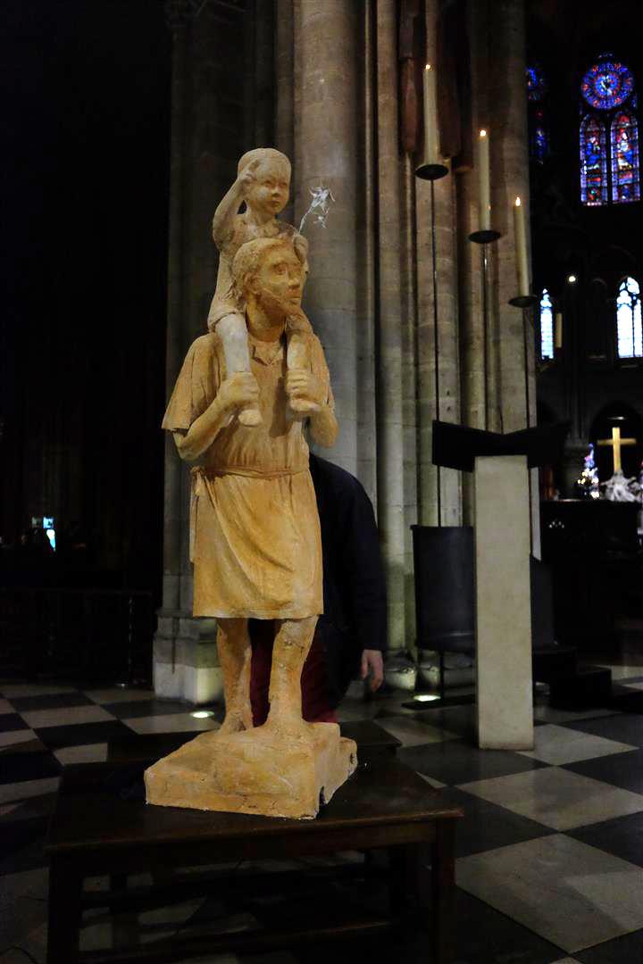 Installation à Notre Dame