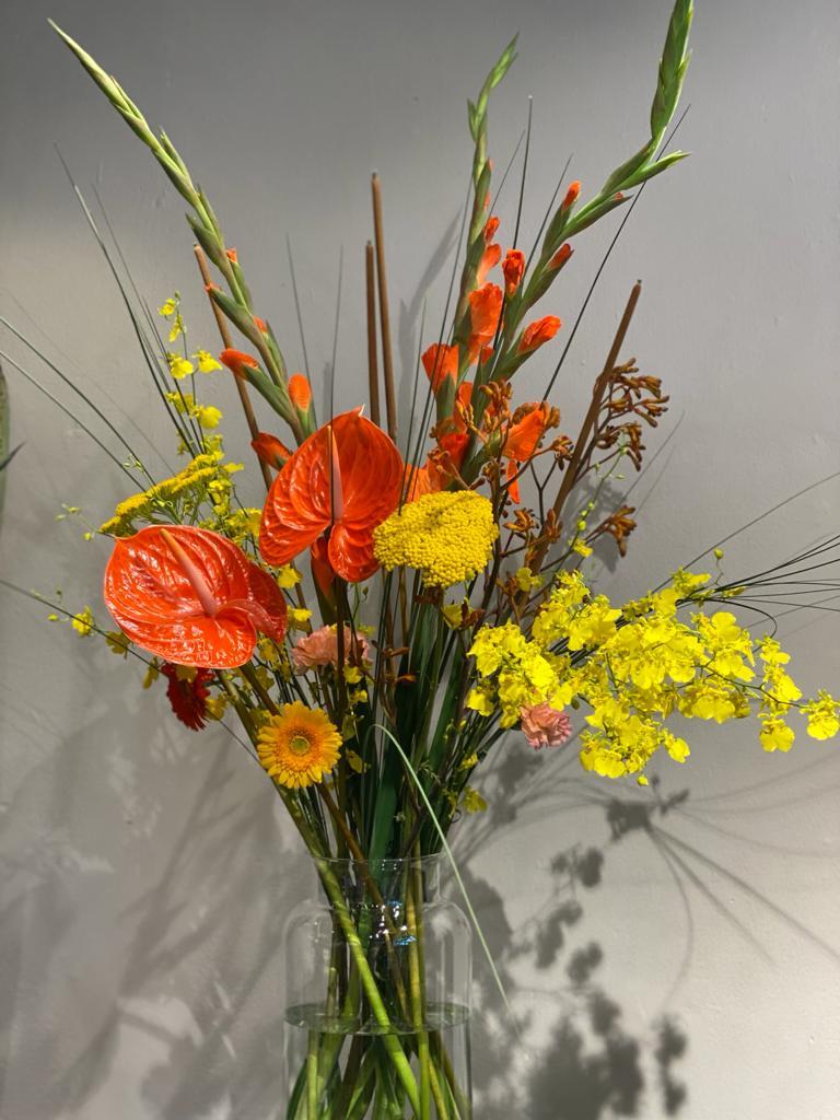 1  - Lass es blühen! Vasenfüllung mit Vase ab 30 €