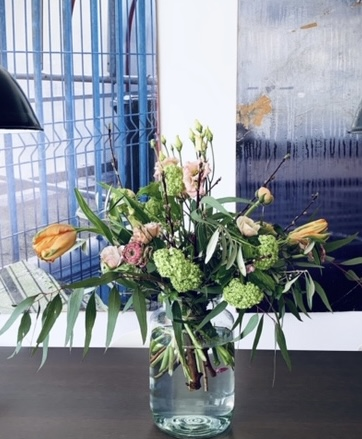 10  Wild Spring - Strauß 35 €, Vase ab 14,50 €