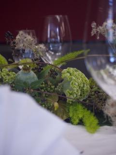 Attraktive Tischdekoration für Hochzeiten und Geburtstage