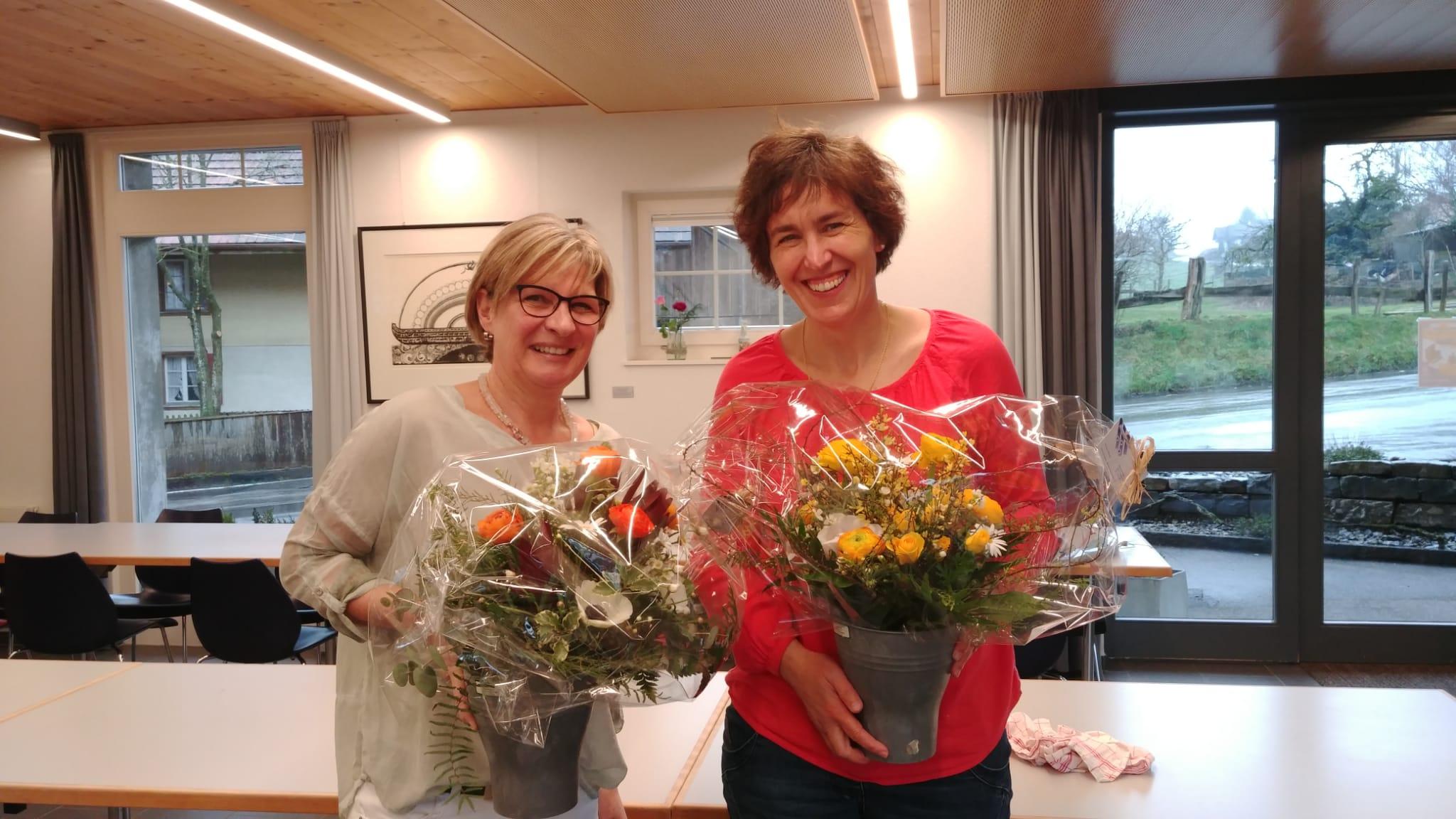 wir verabschieden Barbara Zellweger und Ruth Gassner aus dem Vorstand