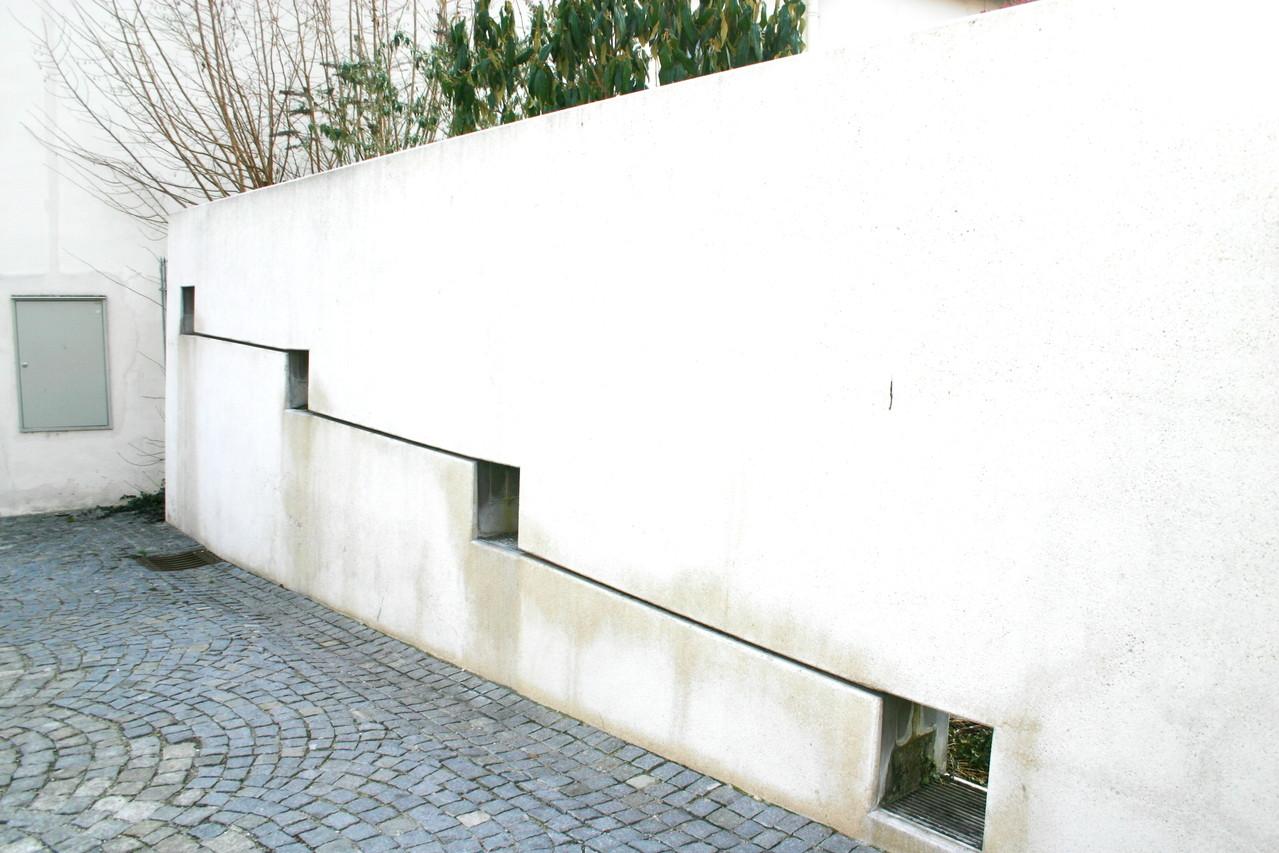 Stillgelegt ist der Betrieb jenes Brunnens, der am Dreifaltigkeitsplatz...
