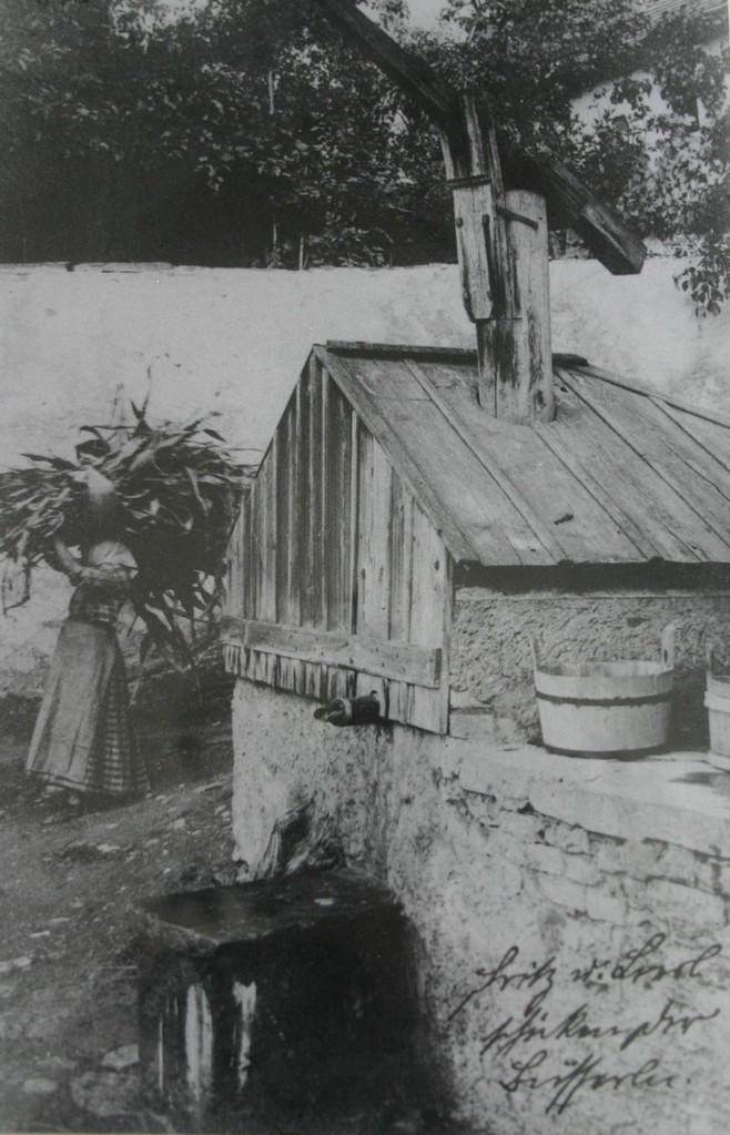 Beim Felsenbrunnen in Stein musste das Wasser aus 14 Meter Tiefe gepumpt werden..