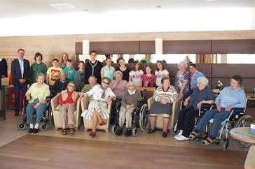 Bei fantasiereichen Sagenstunden verbrachten die SchülerInnen und die BewohnerInnen des SeneCura Sozialzentrums Krems Haus Dr. Thorwesten eine unvergessliche und schöne Zeit miteinander. Foto: zVg