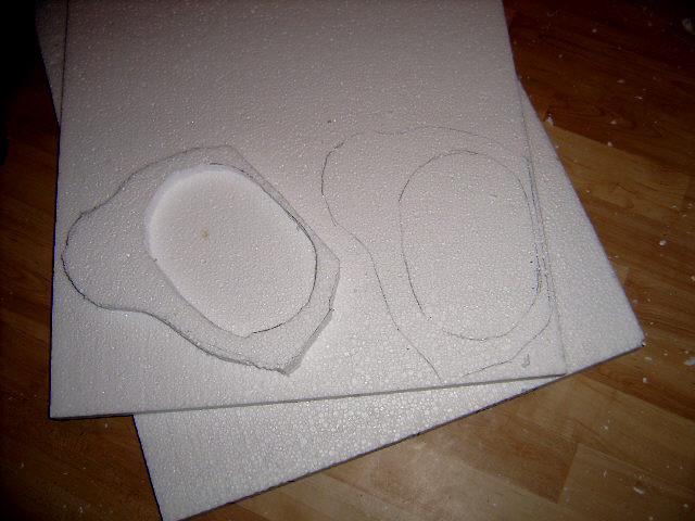 wenn die Höhe nicht ausreichend ist, erstes Teil als Schablone benutzen und ein Zweites zusätzlich ausschneiden