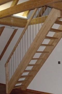 © Treppenbau SL Holzbau GbR Zimmerei in der Region Würzburg, Kitzingen und Ochsenfurt