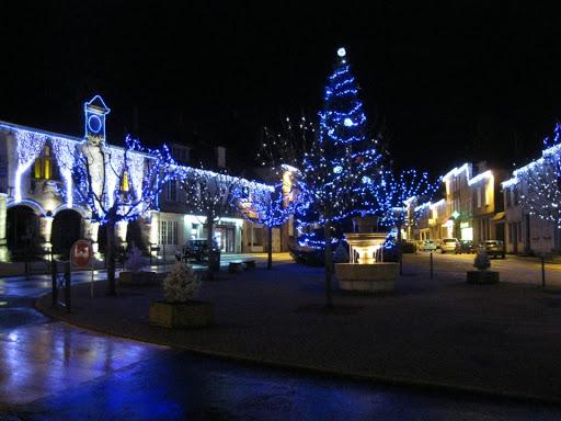 Ville Lubersac, illumination de Noël. (photo: www.contant.fr)