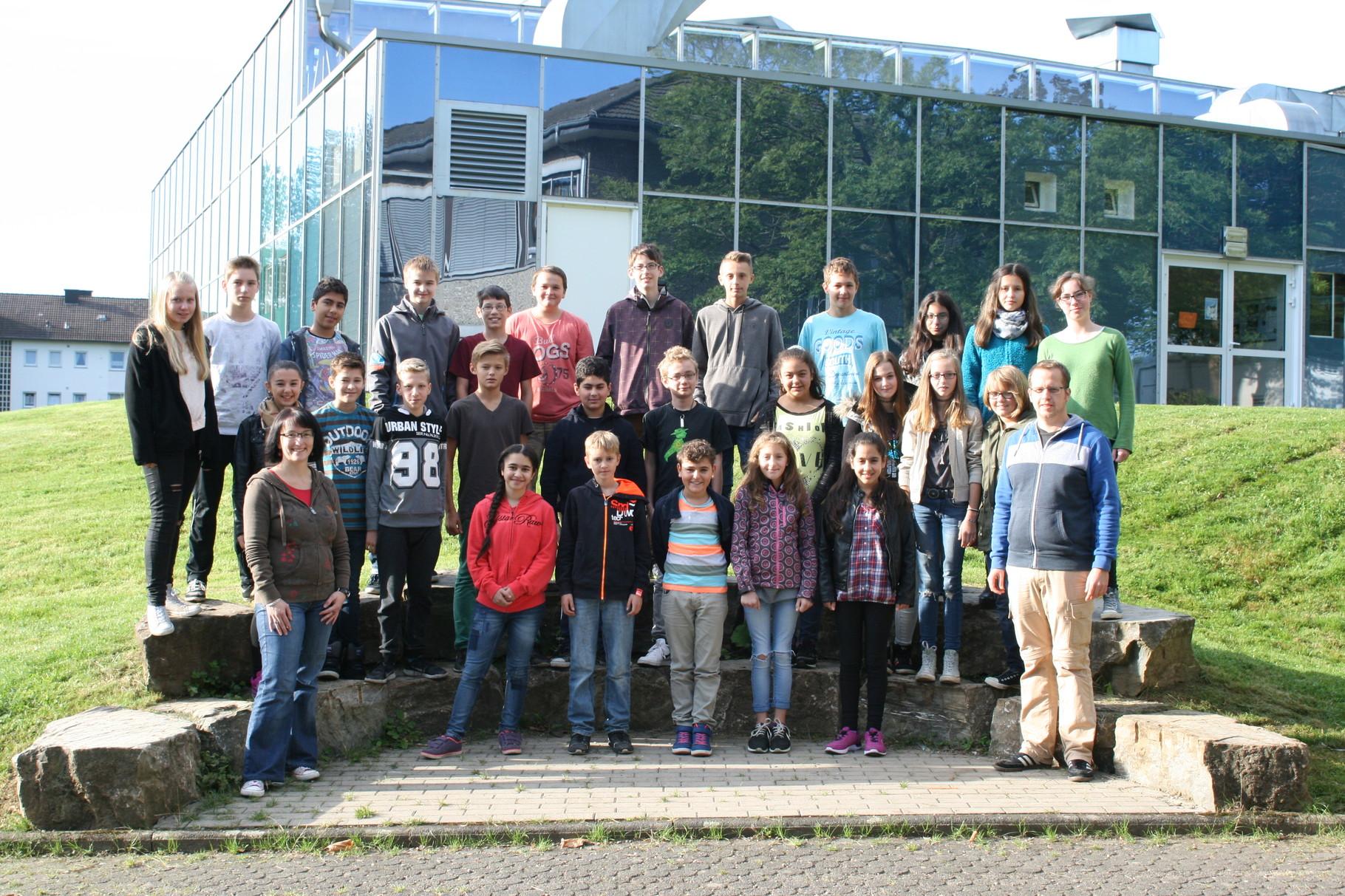 Klasse 6d. Klassenlehrer: Frau Schulz und Herr Womelsdorf