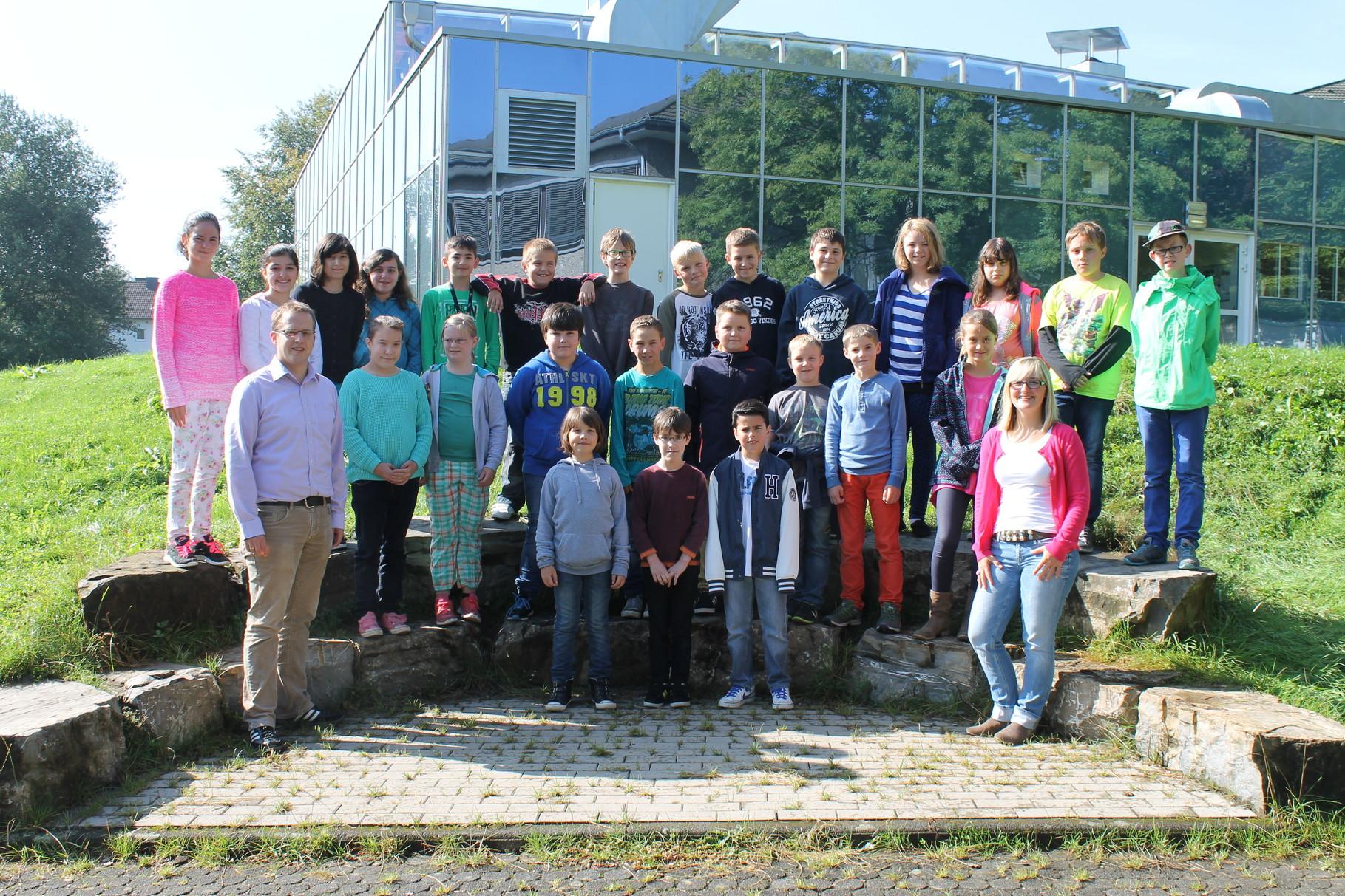 5b - Klassenlehrer: Frau Busch und Herr Womelsdorf