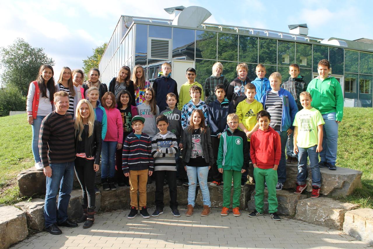 6b - Klassenlehrer: Frau Blefgen und Herr Bachhausen