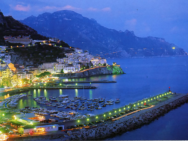 Amalfi. Lo stile marinaro.